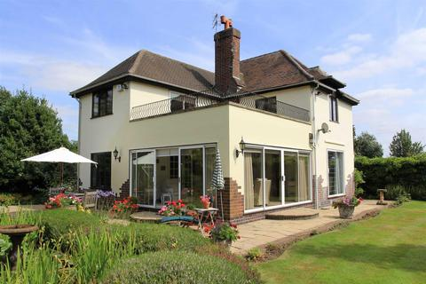 3 bedroom character property for sale - Stoughton Road, Oadby
