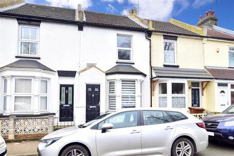 3 bedroom terraced house for sale - Court Lodge Road, Gillingham, Kent