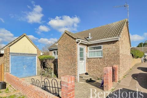 1 bedroom detached bungalow for sale - Patmore Road, Colchester, Essex, CO4