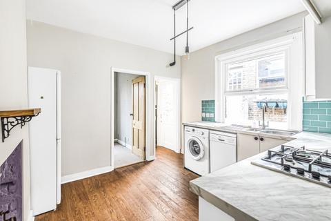 2 bedroom flat to rent - Durban Road London SE27