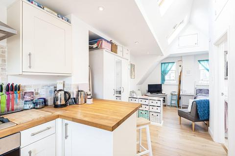 Studio for sale - Bedford Hill, Balham