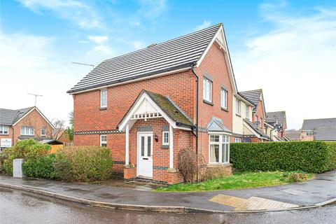3 bedroom semi-detached house for sale - Barn Piece, Chandler's Ford, Eastleigh, Hampshire, SO53