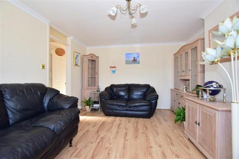 2 bedroom semi-detached bungalow for sale - Hillside Avenue, Queenborough, Kent