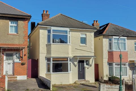 3 bedroom detached house for sale - Pine Road Bournemouth BH9 1NB