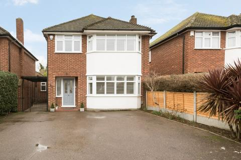 3 bedroom detached house for sale - Fencepiece Road, Chigwell, IG7