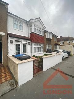 4 bedroom house share to rent - Kynaston Road, CR7