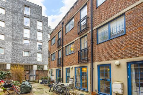 3 bedroom townhouse for sale - Grange Yard, Bermondsey