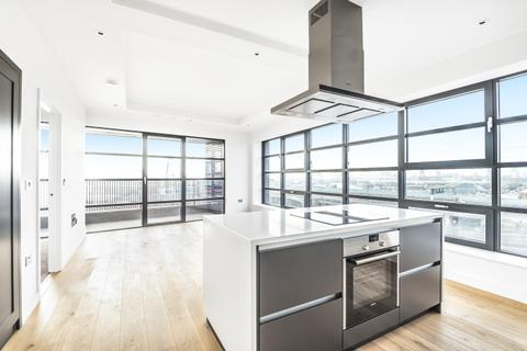 2 bedroom apartment to rent - Lookout Lane London E14