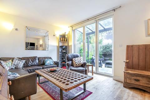 3 bedroom townhouse for sale - Costa Street Peckham SE15