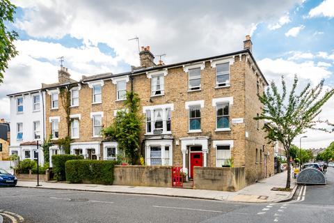 2 bedroom flat for sale - Nightingale Road, London E5