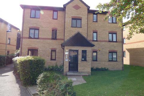 2 bedroom flat to rent - Woodfield Close ENFIELD, EN1