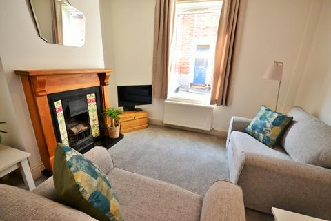 2 bedroom terraced house to rent - Regent Square, Heavitree, Exeter, EX1 2RL