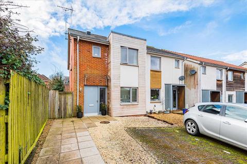 3 bedroom semi-detached house for sale - Barley Mews, Astor Crescent, Ludgershall