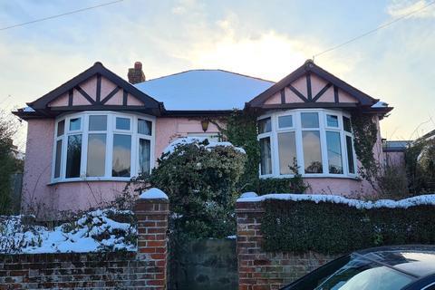 2 bedroom detached bungalow for sale - Beeleigh Road, Maldon