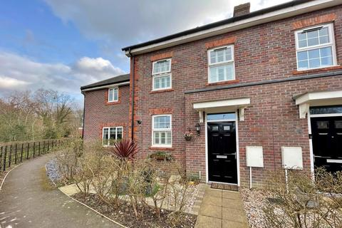 2 bedroom semi-detached house for sale - Forge Wood, Crawley, RH10