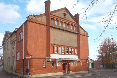 1 bedroom apartment to rent - High Street, Newport Pagnell, Buckinghamshire, MK16