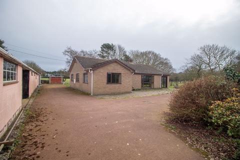 3 bedroom detached bungalow for sale - Fir Covert Road, Taverham,  Norwich
