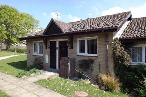 2 bedroom bungalow for sale - Hawthorn Court, Kirkhill, Morpeth