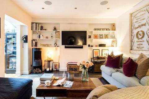 2 bedroom apartment to rent - Hildyard Road, London, SW6