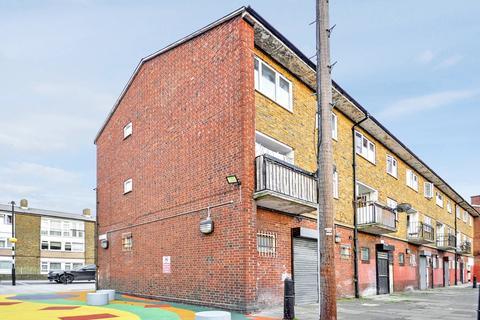 3 bedroom duplex for sale - Salmon Lane, Poplar E14