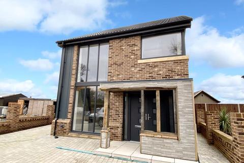 5 bedroom detached house for sale - Main Road, Fleggburgh