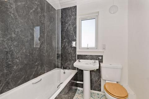 3 bedroom apartment for sale - Buttars Place, Dundee
