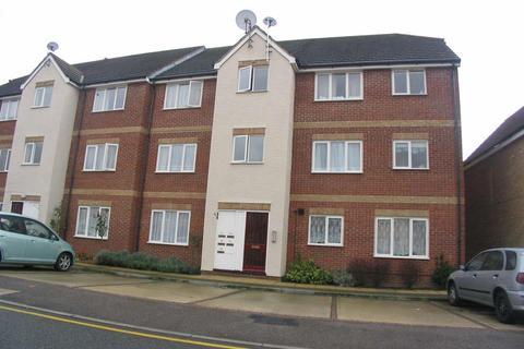 2 bedroom flat to rent - Fenman Gardens, Goodmayes