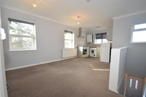 1 bedroom flat to rent - Feltham Road Ashford Surrey