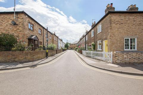 2 bedroom terraced house for sale - The Folly, Hertford