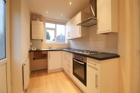 3 bedroom semi-detached house to rent - Garthland Road, Hazel Grove, Stockport, SK7