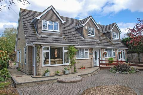 5 bedroom detached house for sale - School Road, Bransgore, Christchurch, BH23