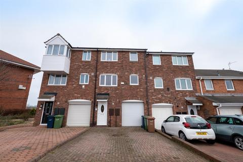3 bedroom townhouse for sale - Topcliff, St Peters, Sunderland