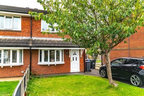 3 bedroom semi-detached house to rent - Drake Close, Lytham St Annes, FY8