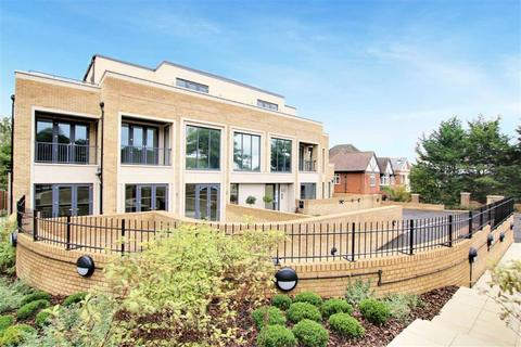 2 bedroom apartment to rent - Cockfosters Road, Hadley Wood