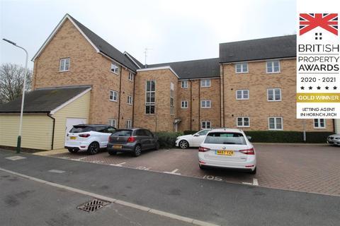 2 bedroom apartment to rent - Deerwood House, Meadfarm Close, Romford