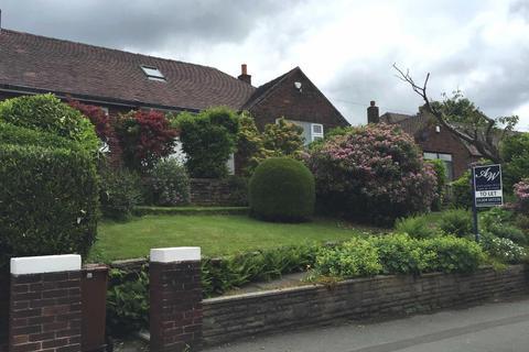 3 bedroom semi-detached bungalow to rent - Blackburn Road, Bolton