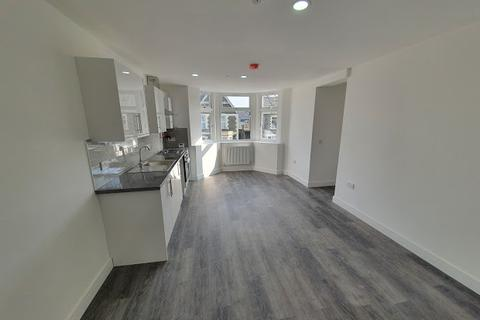 2 bedroom flat to rent - Flat 5, 3 Richards Street, Cathays, Cardiff, CF24