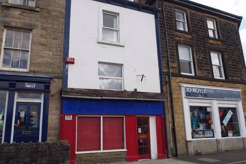 Shop to rent - Market Place, Buxton, Derbyshire