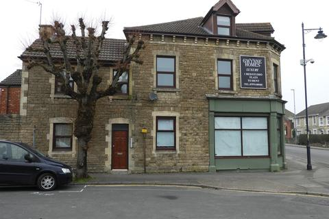 Studio to rent - Devizes Road, Old Town, Swindon