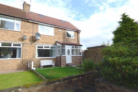 3 bedroom semi-detached house to rent - Bollin Avenue, Bowdon, WA14 3DF