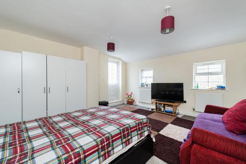 1 bedroom flat to rent - Lord Derby House, Griffin Road, Plumstead, London, SE18