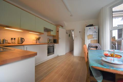 5 bedroom terraced house to rent - Ancona Road London SE18