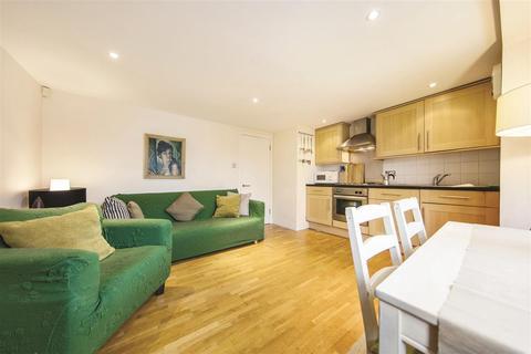 1 bedroom flat to rent - Lebanon Gardens, SW18