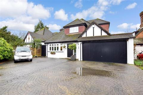 4 bedroom detached bungalow for sale - Whitehall Road, Woodford Green, Essex