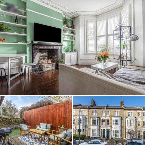 2 bedroom flat for sale - Sandmere Road, Clapham
