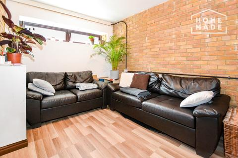 4 bedroom terraced house to rent - Brunswick Quay, Canada Water, SE16