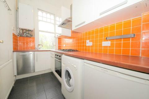 1 bedroom flat to rent - Haslemere Road, N21