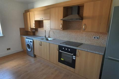 3 bedroom flat to rent - First Floor Flat, Stratford Road, Sparkbrook