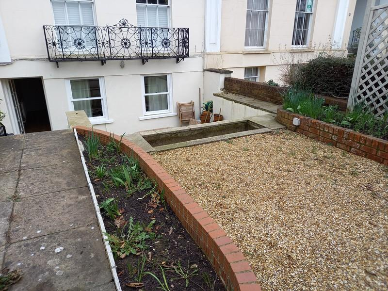 Garden / front of Property