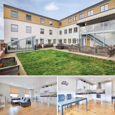 2 bedroom apartment for sale - Kirby Court, 21 Upper Wickham Lane, Welling, DA16